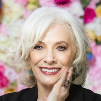 Betty Buckley Responds to Report that 'Memory' Was Used to Calm Trump During Emotiona Photo