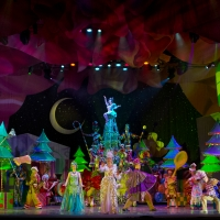 CIRQUE DREAMS HOLIDAZE Lights Up the Anchorage Holiday Season
