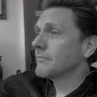 VIDEO: Jason Danieley Guest Stars on Squigs' ONE WORD THEATRE