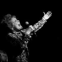 BWW Review: Anita Gillette Stands Tall in CHAPTER 3! at Birdland Photo