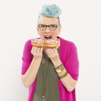BWW Review: LISA LAMPANELLI'S LOSIN' IT at Des Moines Performing Arts: An Unforgettab Photo