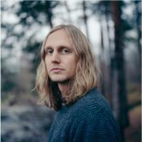 Norwegian Singer-Songwriter JARLE SKAVHELLEN Announces New Album Photo