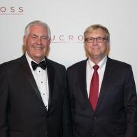 Rex Tillerson Receives Visionary Leadership Award At Arts Residency Fundraiser