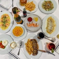 BWW Review: GRAY HAWK GRILL-A Delightful Upper East Side Dining Destination Photo