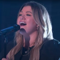 VIDEO: Kelly Clarkson Covers 'Times Like These' Photo