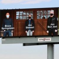 PHOTO: Bruce Springsteen,Jon Bon JoviandJon Stewart Encourage People of New Jersey Photo