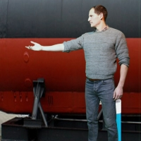 BWW Review: UNDER THE RADAR, Bread & Roses Theatre