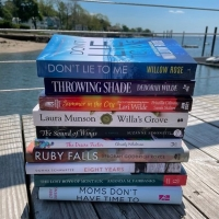 BEDSIDE READING Celebrates 20 Seasons of Beach Reads in the Hamptons Photo