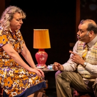 BWW Review: EAST IS EAST, National Theatre Photo