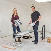 HGTV Picks Up A New Season Of FLIP OR FLOP With Christina Anstead And Tarek El Moussa
