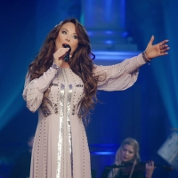 Sarah Brightman's A CHRISTMAS SYMPHONY Tour is Coming to the Van Wezel Performing Art Photo