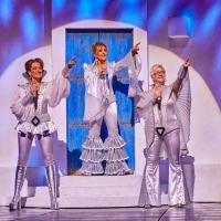 New Booking Period Announced For MAMMA MIA! In London