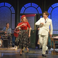 BWW Review: THE MAN IN THE WHITE SUIT, Wyndham's Theatre Photo