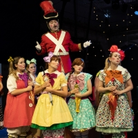BWW Review: THE PIRATES OF PENZANCE, Opera Holland Park Photo