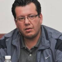 Iván Trejo Formador De Una Nueva Generación De Poetas Photo