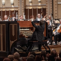 Organist Paul Jacobs Performs as Featured Soloist In Barber's Toccata Festiva And Pou Photo