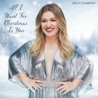 Kelly Clarkson Covers 'All I Want For Christmas is You' Photo