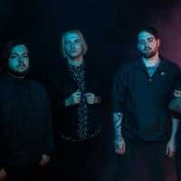 Hollow Front Reveal 'Loose Threads (Reimagined)' Photo