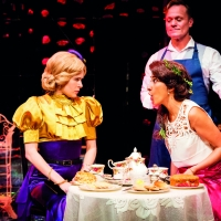 Curve to Share THE IMPORTANCE OF BEING EARNEST Online For Free Photo