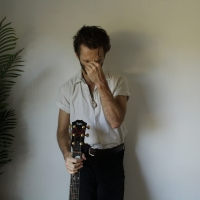 Singer-Songwriter Cujo Moon Releases 'Watch You Shine' Photo