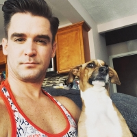 BWW Feature: At Home With Travis Nesbitt Photo