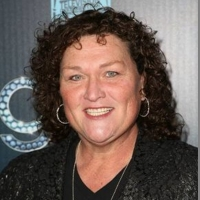 Glee's Dot-Marie Jones Joins the Cast of ROCK OF AGES at New World Stages as the First Woman to Play Dennis Dupree
