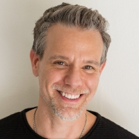 BWW Interview: SO NOW YOU KNOW with Adam Pascal Photo