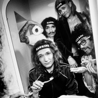 The Darkness Announce 'Lockdown Live: Streaming of a White Christmas' Photo