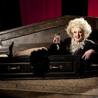 BWW Review: MYRA DUBOIS, Garrick Theatre Photo