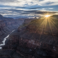 NATIONAL GEOGRAPHIC LIVE Returns September 24 with BETWEEN RIVER AND RIM: HIKING THE GRAND CANYON
