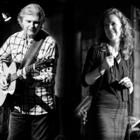 Peter Calo And Anne Carpenter Perform The Sounds Of  Joni Mitchell & Paul Simon At WCT