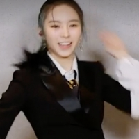 VIDEO: K-Pop Group CLC Does the TikTok Dance to Their Song 'Helicopter' Photo
