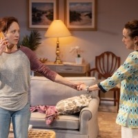 BWW Review: EASY WOMEN SMOKING LOOSE CIGARETTES at Signature Theatre Photo