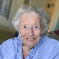 Dame Vera Lynn Unites With West End Stars For 'We'll Meet Again' Morale-Boosting Vide Photo