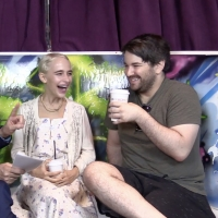 BWW TV: Dare to Be Scared by BEETLEJUICE's Alex Brightman & Sophia Anne Caruso!