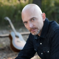 Michael Cerveris Plays a Solo Show at The Wine Goddess in Chicago