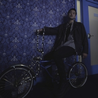 Taiwanese-American Indie Pop Artist Weswes Releases Debut EP, DOWN BAD BUT UPRIGHT Photo