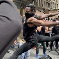 VIDEO: Protesters in Manhattan Perform Powerful and Emotional Dance Photo