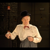 BWW Review: Bill Irwin's ON BECKETT / IN SCREEN Takes A Clown's-Eye View Of The Moder Photo