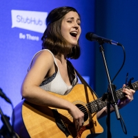 BWW Interview: Singer-Songwriter Kim McClay Talks One-Night-Only Fundraising Concert Photo