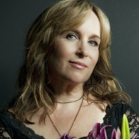 Gretchen Peters Shares 'Wish I Was' Photo