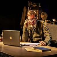 Spine-Chilling Ghost Story WHEN DARKNESS FALLS Heads To Theatre Royal Winchester Photo