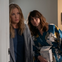 DEAD TO ME to Return For Third and Final Season on Netflix Photo