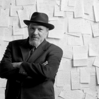 August Wilson, Sarah Brightman, Laura Linney, and More Will Receive Stars on the Holl Photo