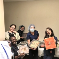 FIELDS GOOD CHICKEN Gives Back to the NYC Community Photo