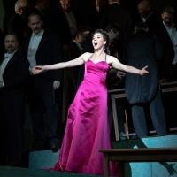 BWW Review: The Met's MANON a Showcase for the Charms of Tucker Award-Winner Lisette Photo