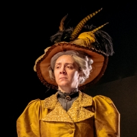 BWW Review: THE IMPORTANCE OF BEING EARNEST, Perth Theatre Photo
