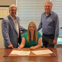 Kristy Cox Joins Billy Blue Records Photo