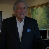 VIDEO: Tony Bennett Performs 'Fly Me To The Moon' at Home Photo