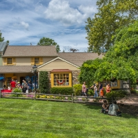 PEDDLER'S VILLAGE Launches Exciting New Outdoor Summer Series